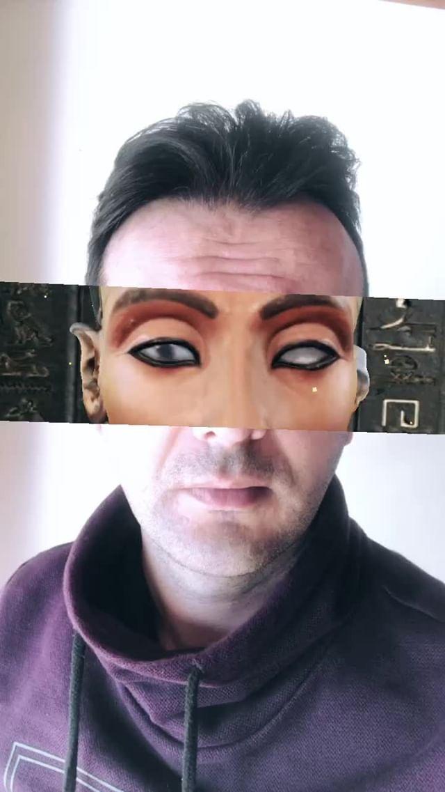 burakartist Instagram filter Nefertiti Inside Us