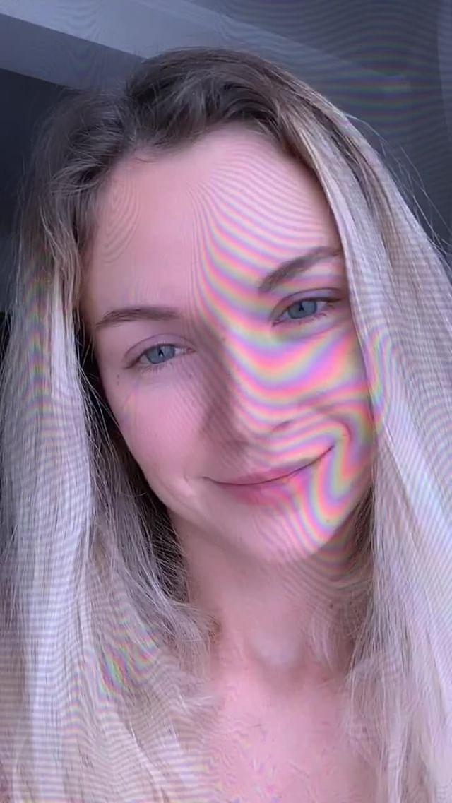 ksu_loe Instagram filter VHS Effect