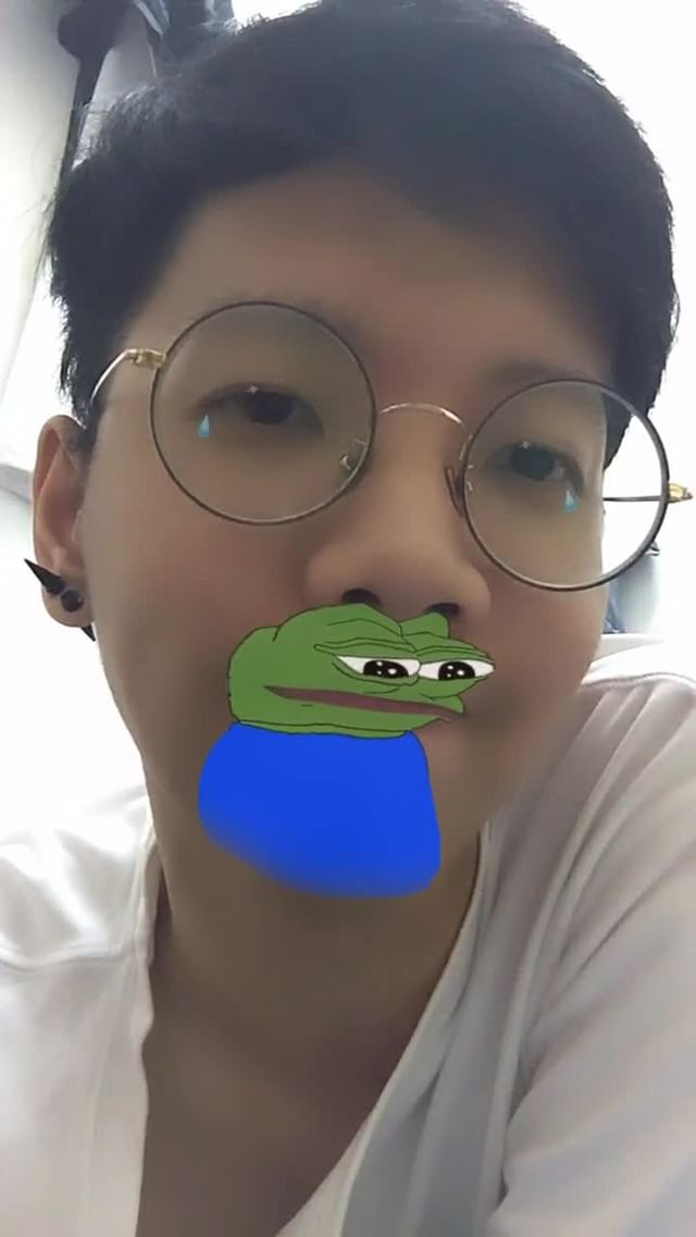 Instagram filter CAPTNO Sad Pepe