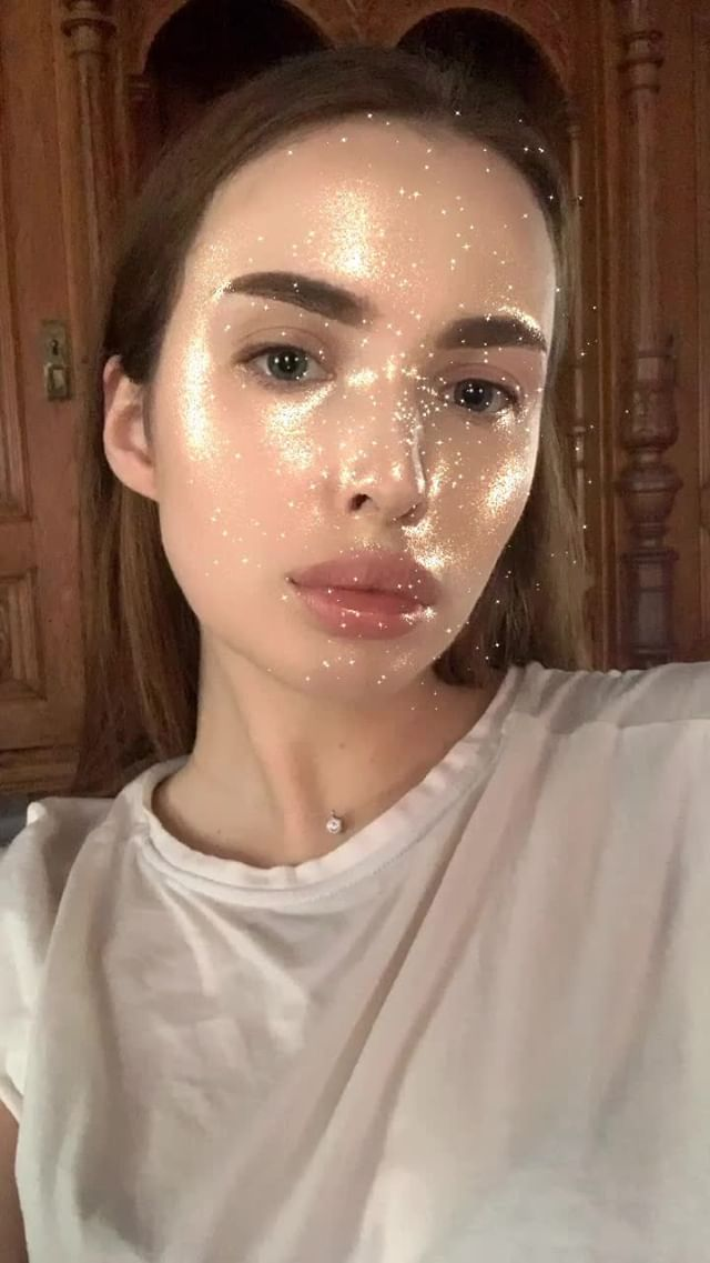 Instagram filter GOLD glitter
