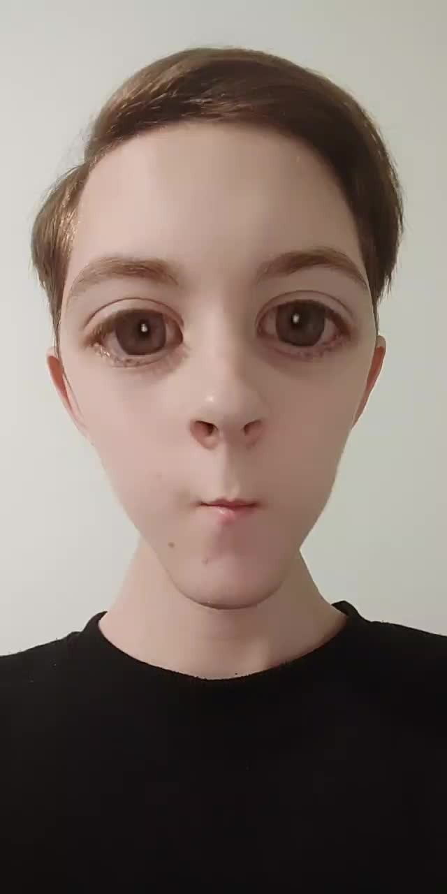Instagram filter Face alien