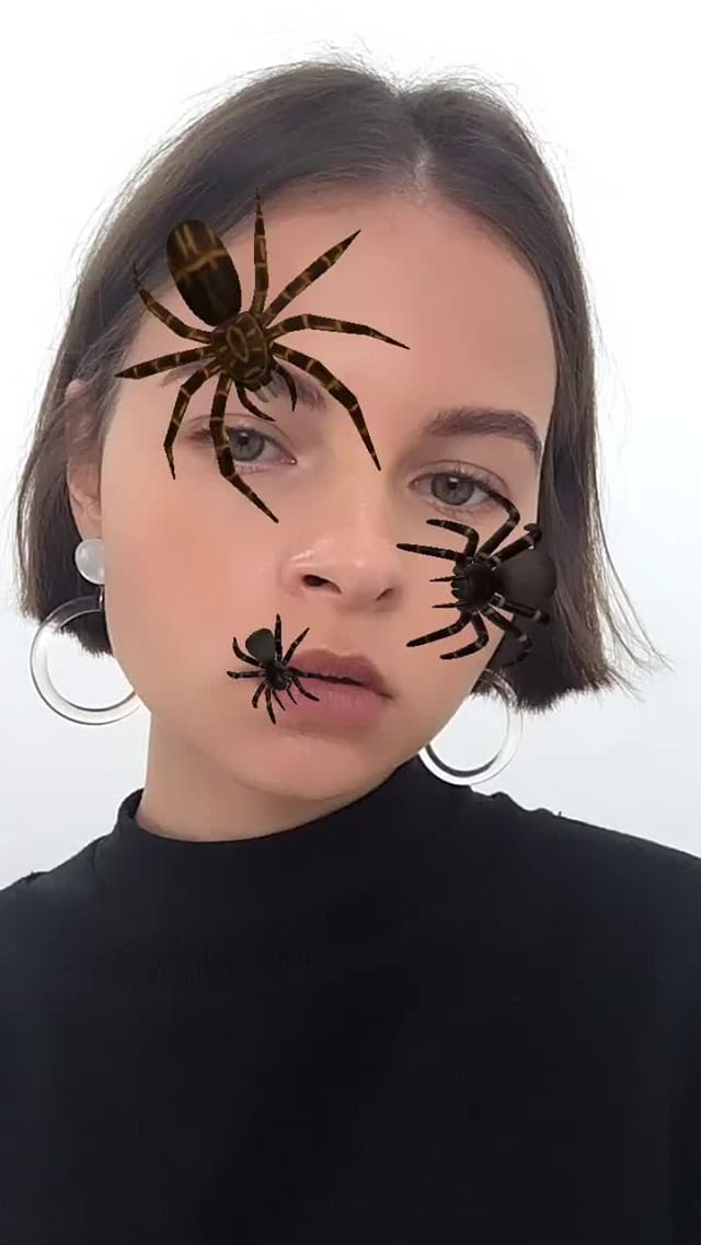 jull.ova Instagram filter SPIDERS