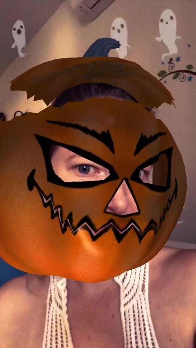 Instagram filter Pumpkin head