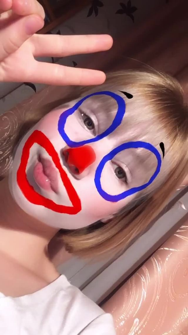 Instagram filter i'm clown