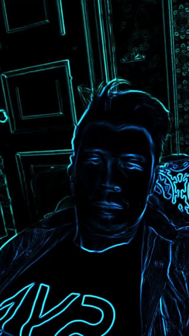 Instagram filter Neon Line