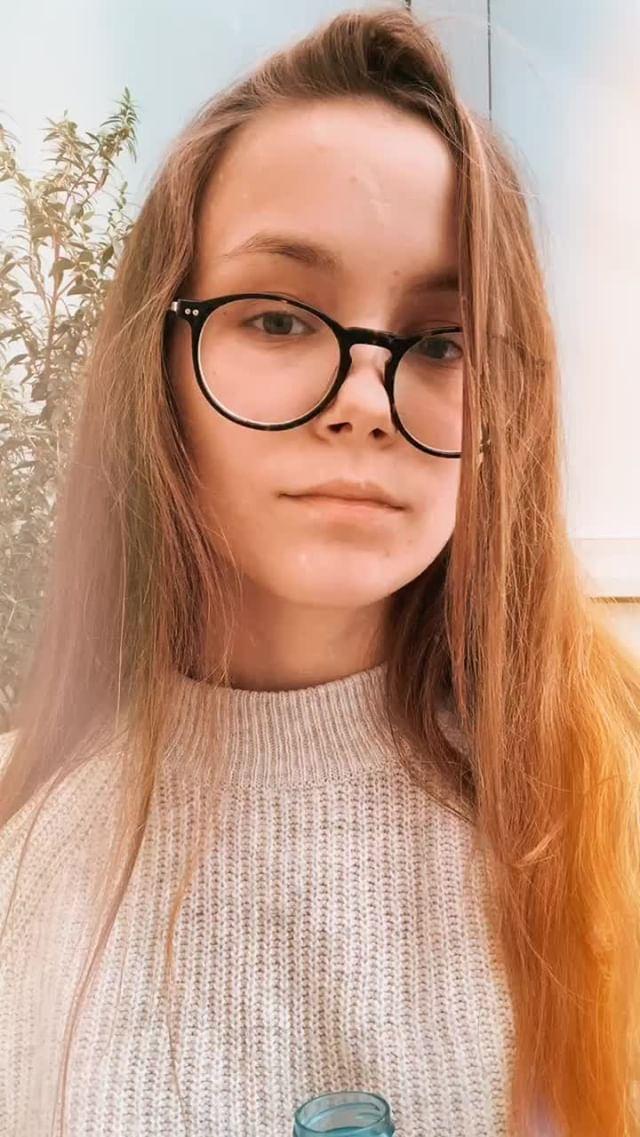 Instagram filter +5 PALE BROWN
