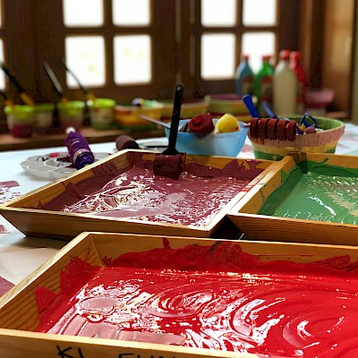 Mini Makers - Messy Play