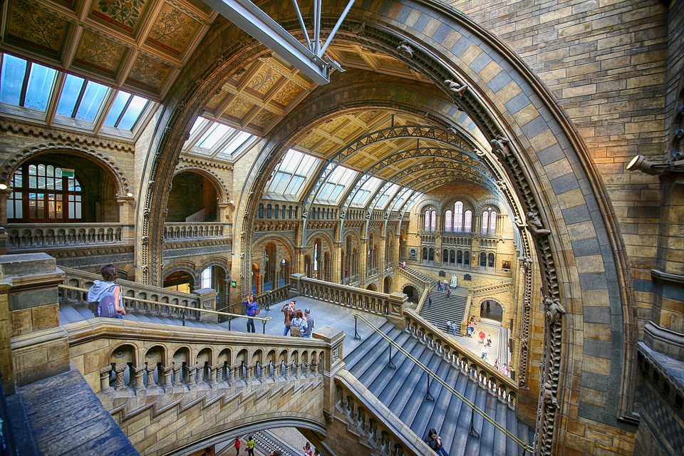 Virtual Tours of Famous Museums