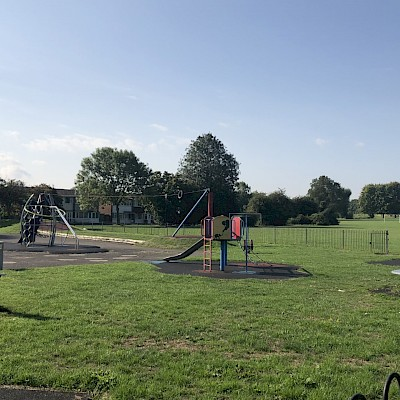 Holmleigh Park
