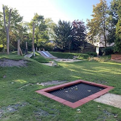 Westnye Gardens