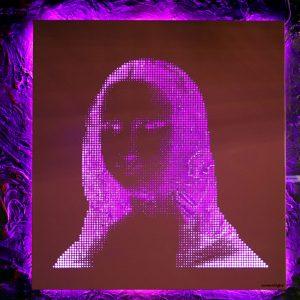 Vasilios Roumeliotis - Mona Lisa - pink-fuchsia light
