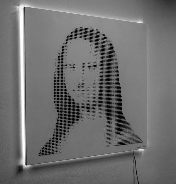 Vasilios Roumeliotis - Mona Lisa - white light
