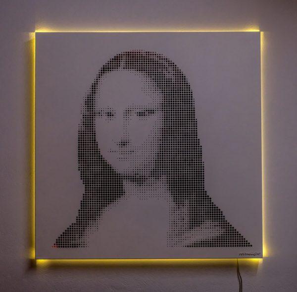 Vasilios Roumeliotis - Mona Lisa - white-yellow light
