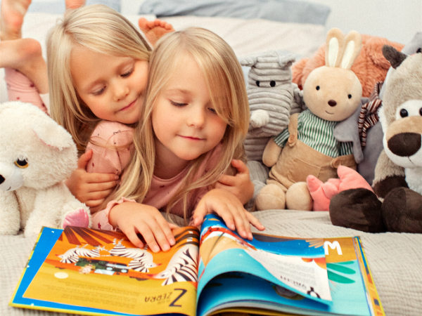 Namee personalized books for kids - ABC book for alphabet learning - girls reading.png