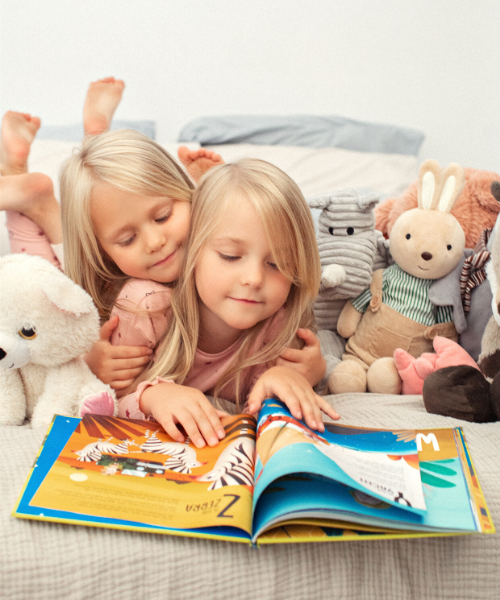 namee personalized books for kids - reading with sister.png