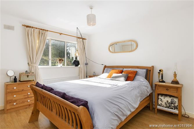 South Brickyard Ave. bedroom