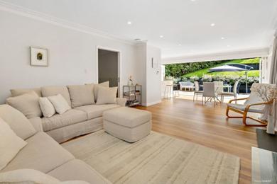7949 Surrey Rd. living room