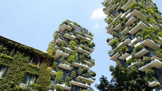 Sustainable building with vegetation