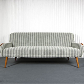 Upholstered sofa with cotton