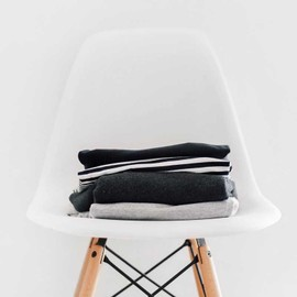 White sustainable chair (2 pack)