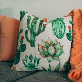 Organic cotton printed cushion small