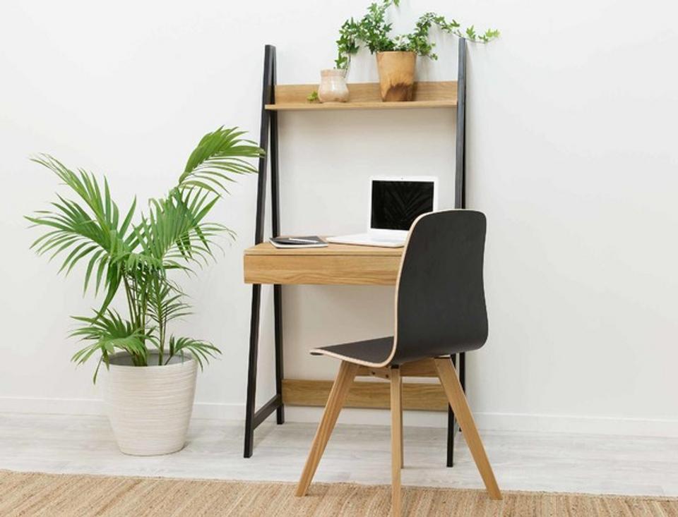 Urban Desk space image