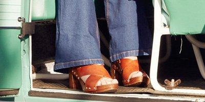 nelson-blog-nelson-trend-go-retro-met-clogs-2.jpg