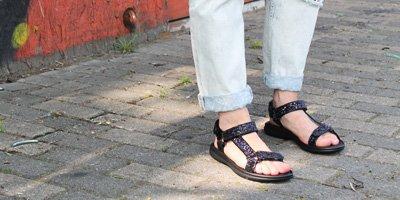 nelson-blog-nelson-welke-slippers-en-sandalen-zijn-geschikt-op-de-camping-3.jpg
