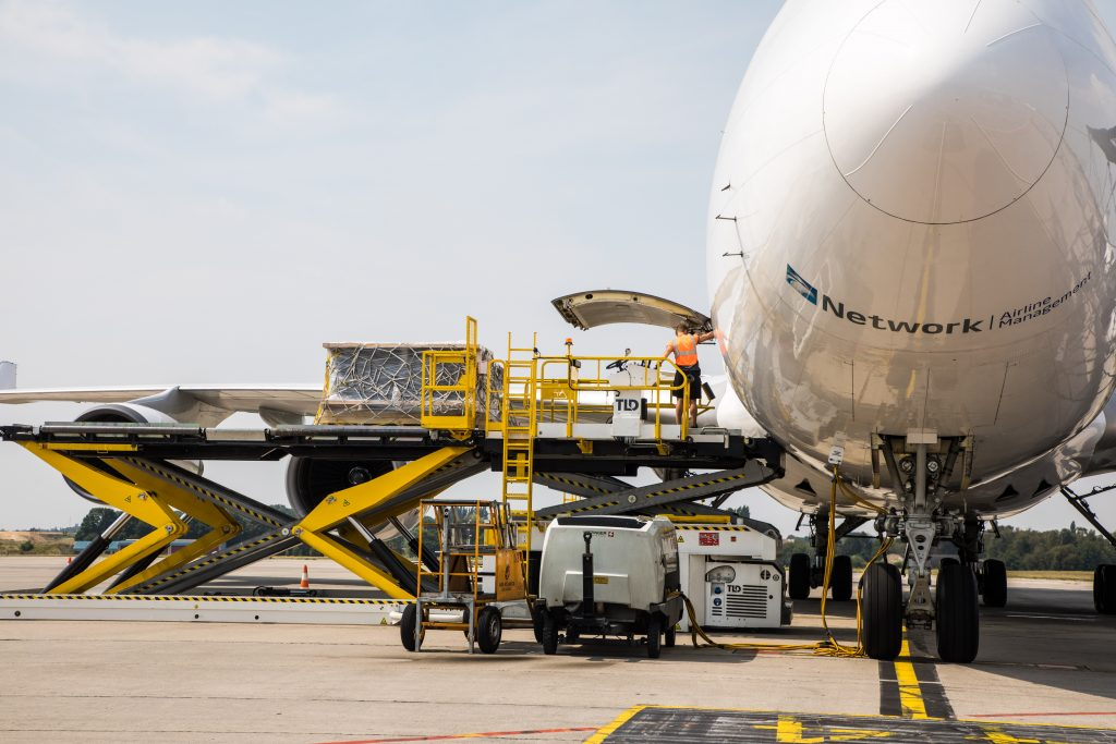 Network Aviation Group - B747 Loading in Liege - November Network News