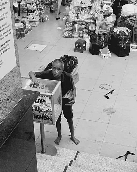 💭  LÁ RÁCH ÍT ĐÙM LÁ RÁCH NHIỀU ... - Photos byThành Phiêu