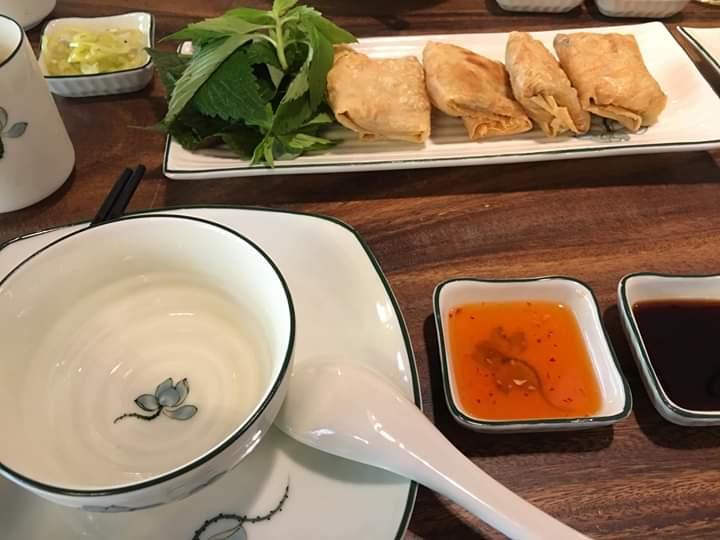 📝  Trà trưa và thưởng thức món chay ngon đặc sắc. Đến với MUNI để cảm nhận thời gian ngừng lại trong... - Photos byNguyễn Trung Sang