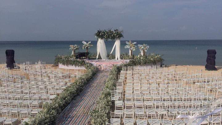 ☘  Đột nhập đám cưới siêu khủng của Đông Nhi  Ông Cao Thắng  Thời tiết tại Vinpearl Phú Quốc đang... - Photos byTrúc Thanh
