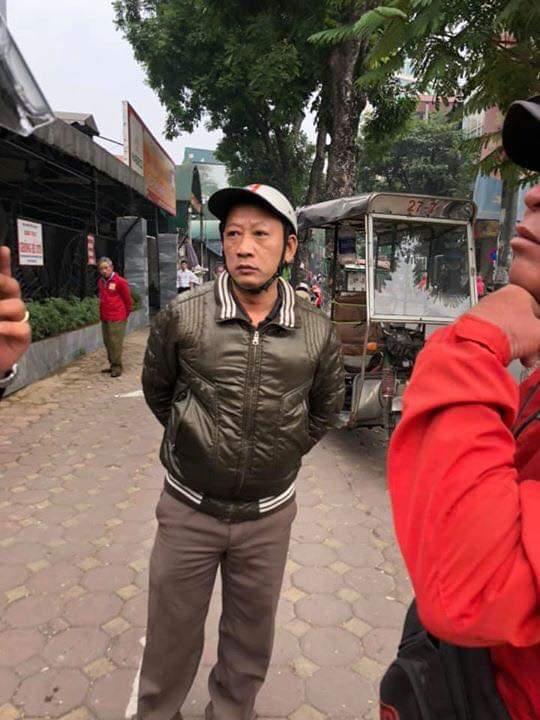 📜  Sáng sớm ngày ra nhà bao việc mà bực quá vẫn đỗ lại gọi công an các thứ các thứ ... - Photos byNguyễn Trung Kiên