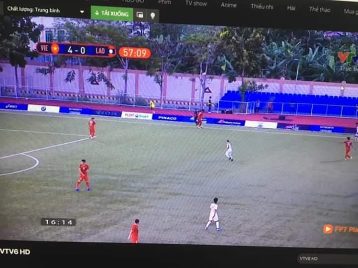 💬  Vừa nhìn 2-0 sao giờ thành 4-0 rồi  t bỏ lỡ gì à... - Photos byThành Thịnh