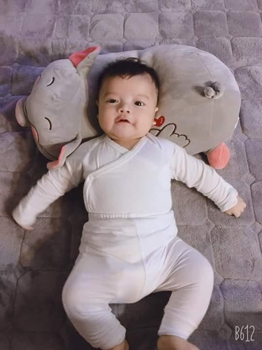 ⚡  Các mom khoe ảnh con cười đi ... - Photos byNgọc Hường