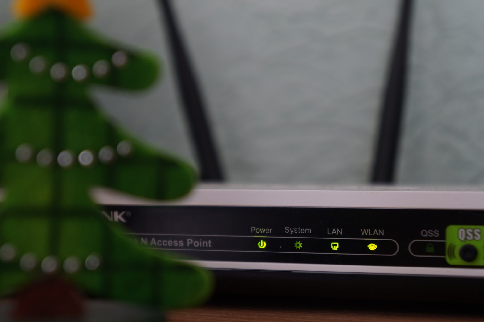 Using an ATA Device With Hosted VoIP Service