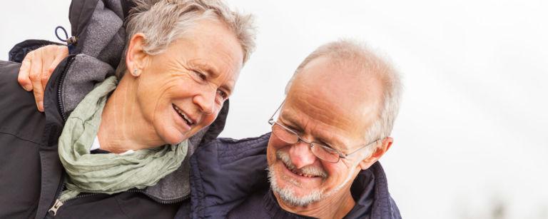 Hyväkysymys.fi tarjoaa tietoa ja tukea ikääntyneille