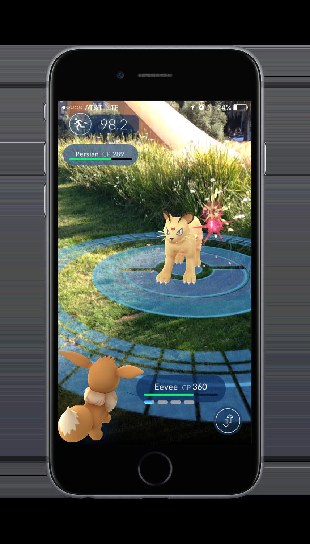 Pokémon GO AR Battle Screenshot