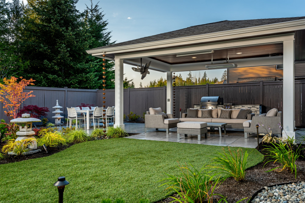 Asian-Infused Backyard Sanctuary: A Closer Look