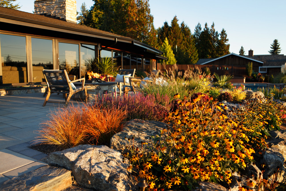 5 Landscaping Tips for Fall