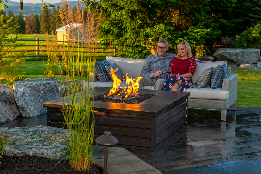 10 Stunning Fire Pit Design Ideas