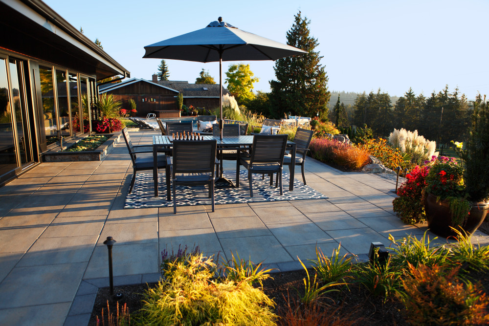 3 Landscape Features to Install Before Putting Your House on the Market