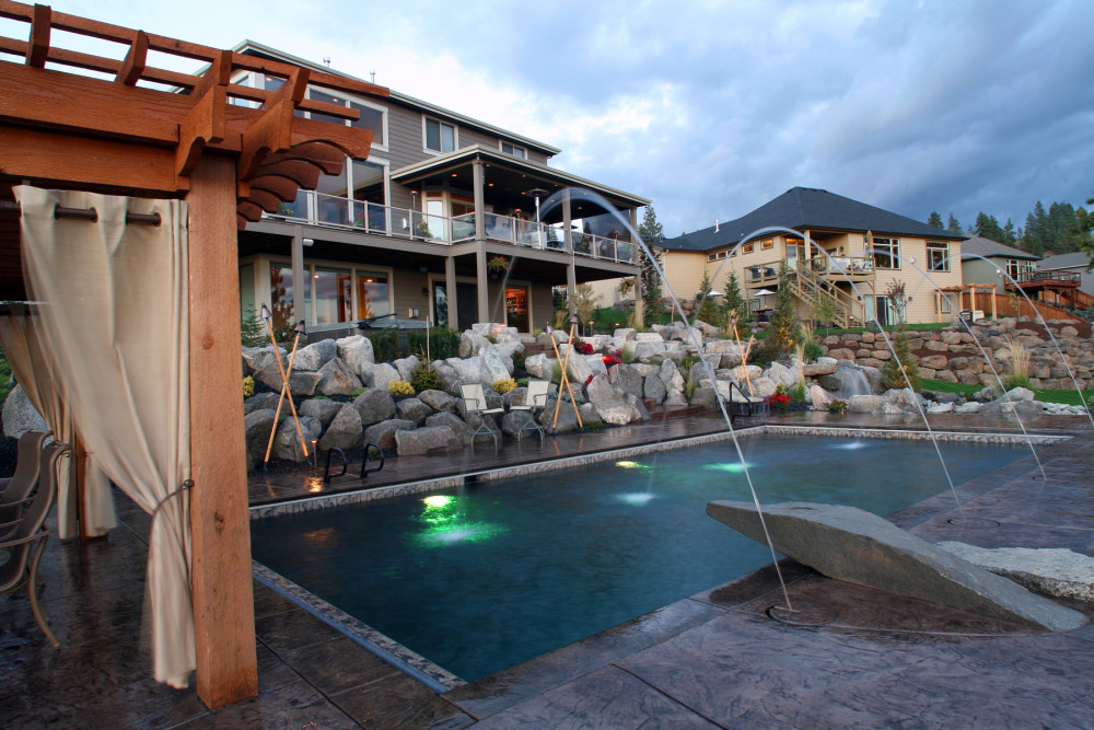 Landscape Ideas if You Have a Small Yard and a Pool