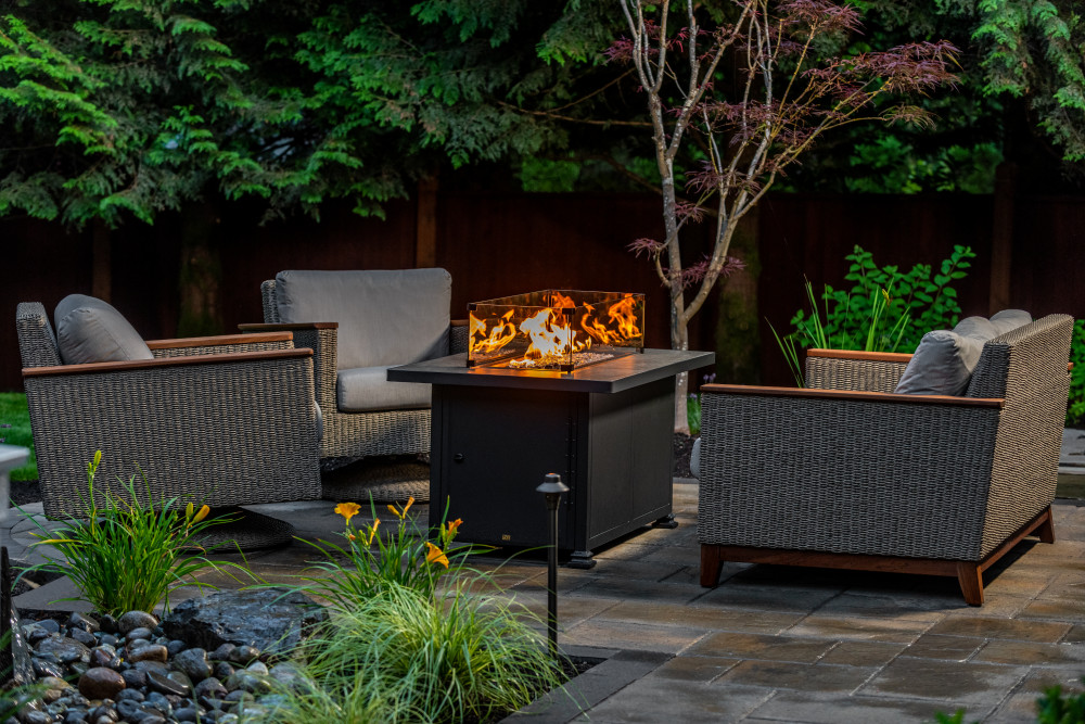 3 Great Reasons to Install a Custom Fire Pit