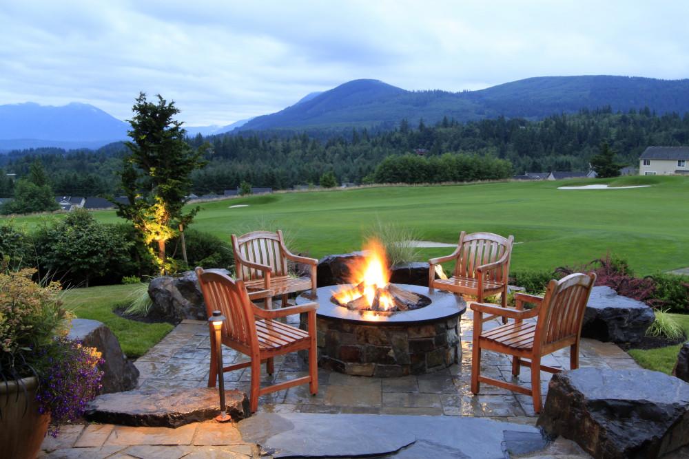 Mountain Golf Course Retreat