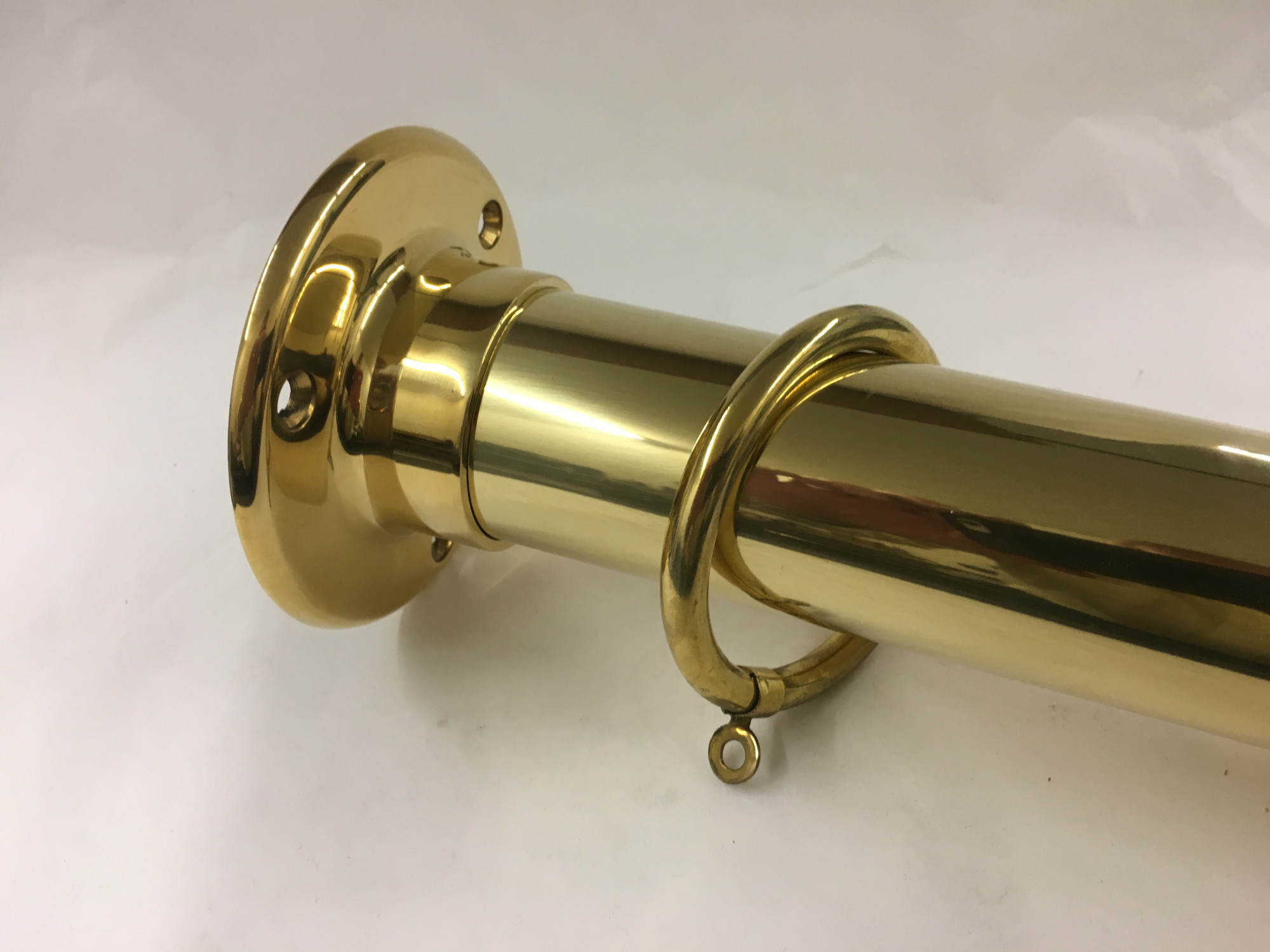 Polished Brass Curtain Ring (Fits 1-1/2in Tube)