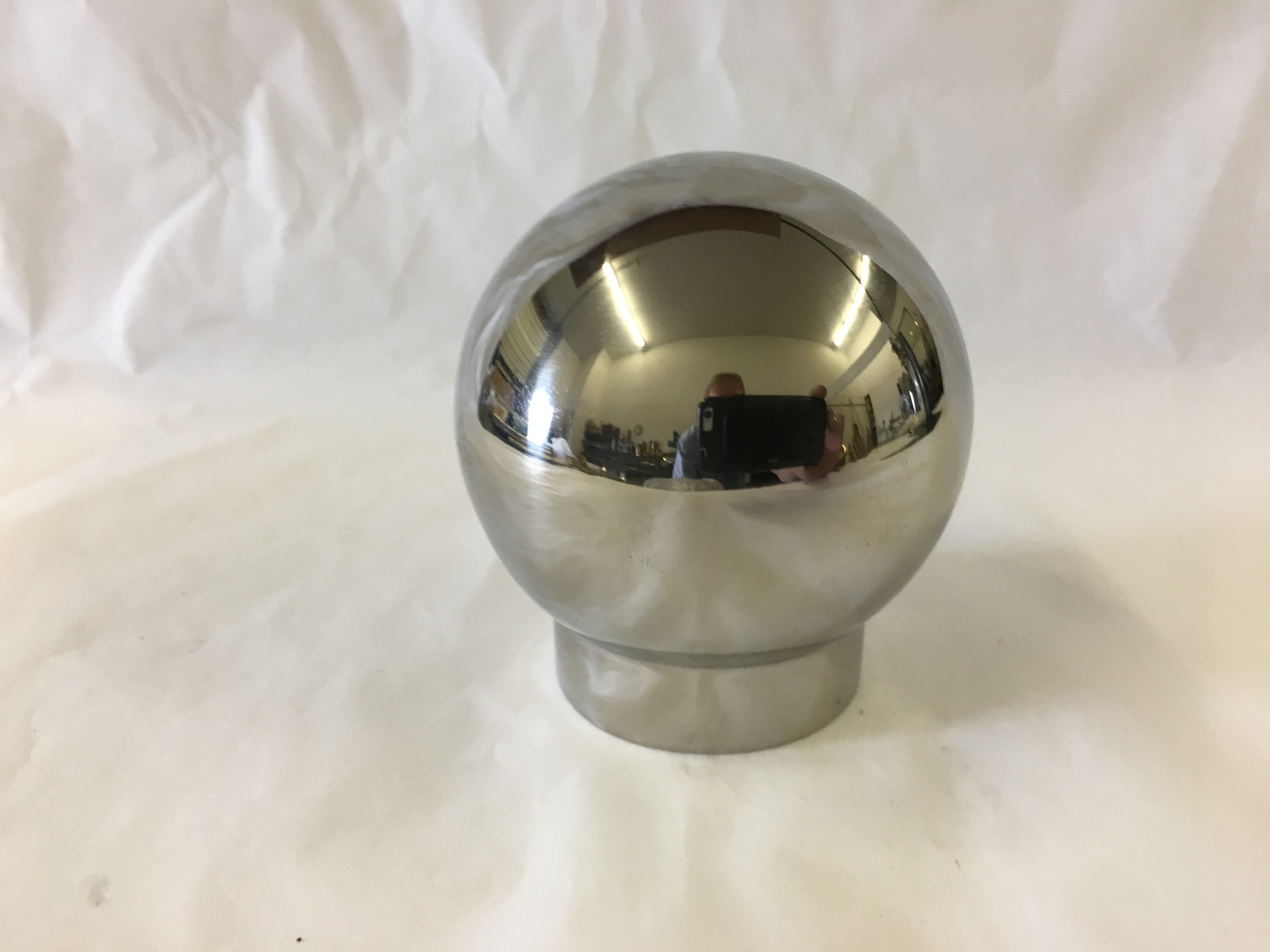 Polished Stainless Single Outlet Ball Fitting (1-1/2in)