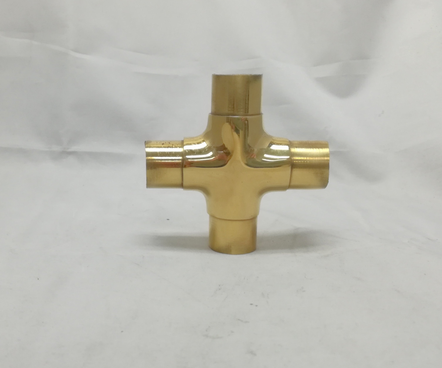 Polished Brass Flush cross for 1 inch tubing (1 inch)