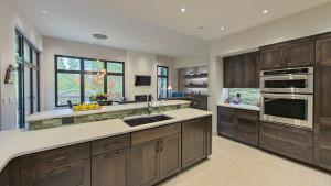 The kitchen has very high quality lighting, with well illuminated work surfaces free of shadows.