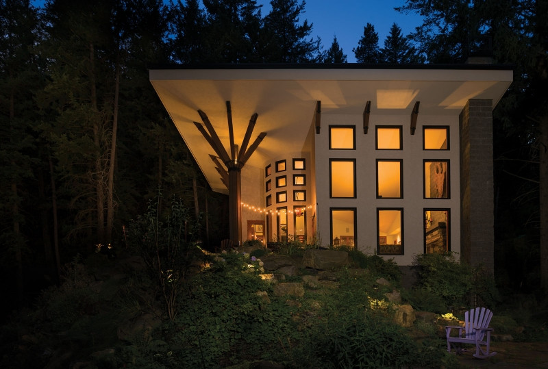 Sandpoint Architect's Vision - Quietly Tucked into the Forest
